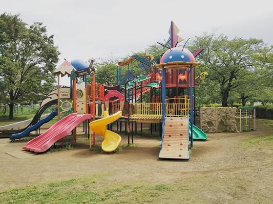 綾南公園大型遊具